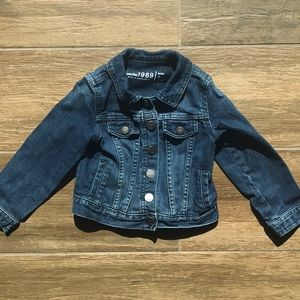 Like New! Gap Jean Jacket in 3t